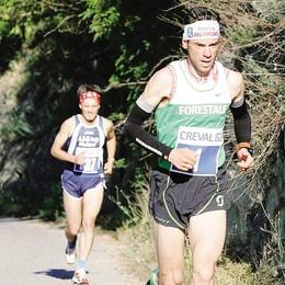 Camminata da record  De Gasperi fa il vuoto