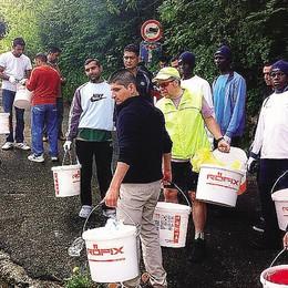 I profughi al lavoro  Ripulito un sentiero