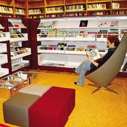 Biblioteca Arcari  Un salotto in città  sempre più ambito