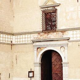 «Costi minimi per aprire   palazzo Besta? A noi hanno   chiesto 900 euro al giorno»