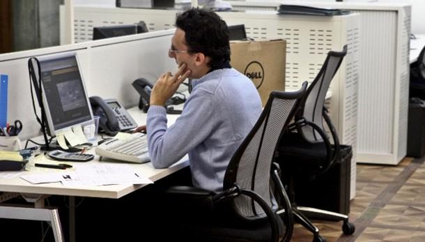 Borsa: Milano accelera, Ftse Mib +3%