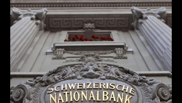 Svizzera, balzo franco e crollo Borsa