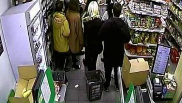 4 sospetti incriminati, armi a Coulibaly