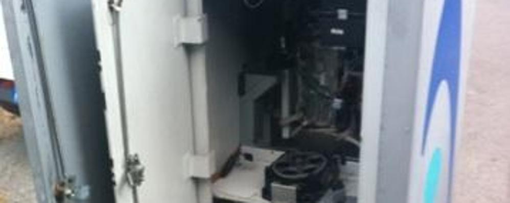 Altro colpo al distributore di Villa: «Un grosso danno e tanta rabbia»