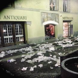 Vandalismi, Bormio sotto choc  Il sindaco: «Atto vile e incivile»