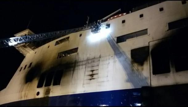 Traghetto:fiamme ponte 4 Norman Atlantic