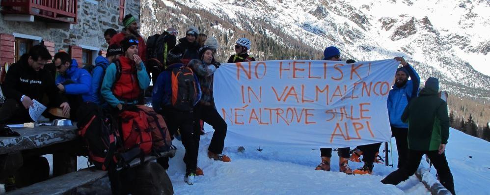 «Rischi e danni ambientali»: il Cai in Valle boccia l'heliski