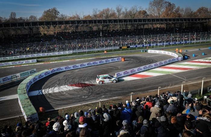 Tanta gente a Monza per la gara