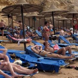 Attentato aereo: Easyjet  cancella i voli per Sharm