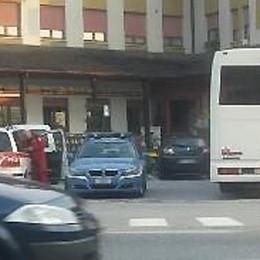 Eccessivo uso del telefonino: profugo ricoverato a Cosio Valtellino