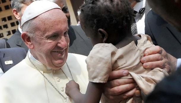Terrorismo: su web, questo ultimo Papa