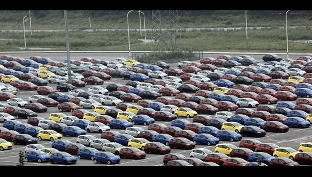 Auto, mercato Europa +13,7% a novembre