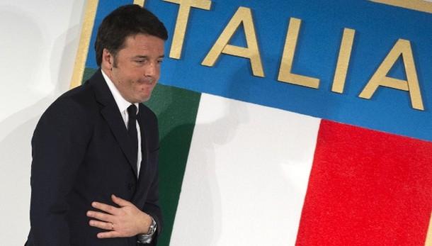 Banche: Renzi, governo è sotto attacco