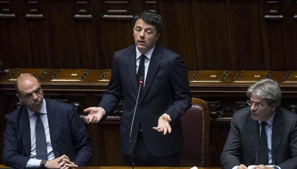 Banche: Renzi, non accettiamo lezioni