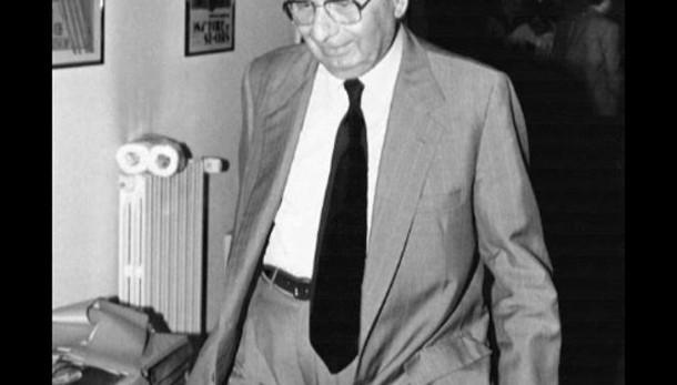 Morto Gelli, ad Arezzo camera ardente