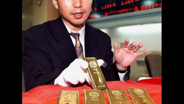 Oro: in ribasso con Fed a 1.064 dollari