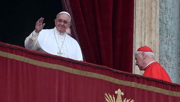 Papa: ridare speranza ai senza lavoro