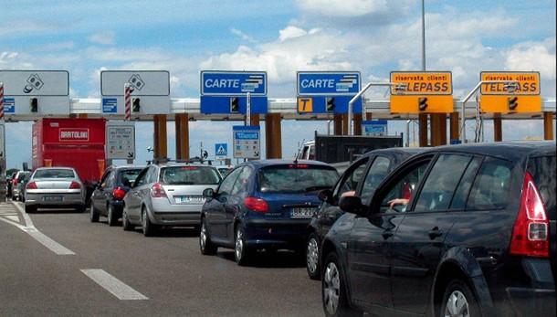 Autostrade, da domani aumento pedaggi