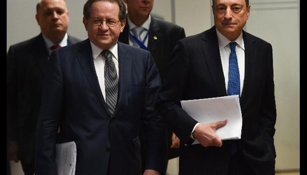 Cambi: euro in calo a 1,0886 dollari