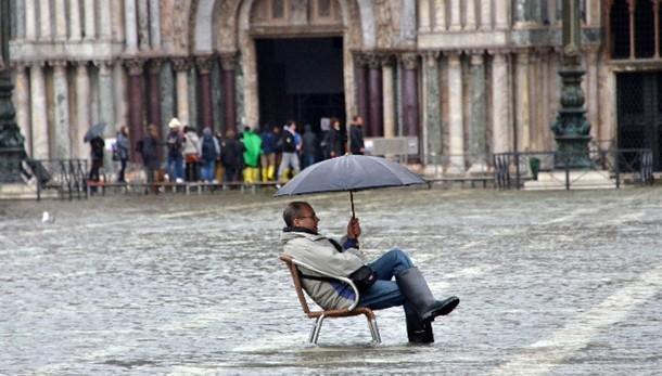 Maltempo: acqua alta 114 cm. a Venezia