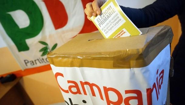 Primarie Campania, 75000 votanti alle 17
