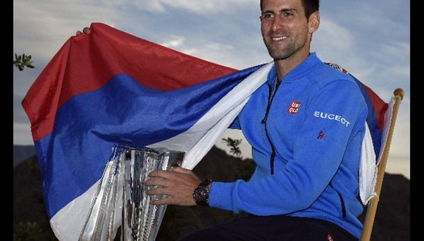 Tennis: Djokovic batte Federer