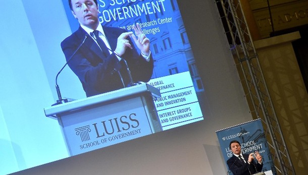 Renzi, su governo non decidono i Pm