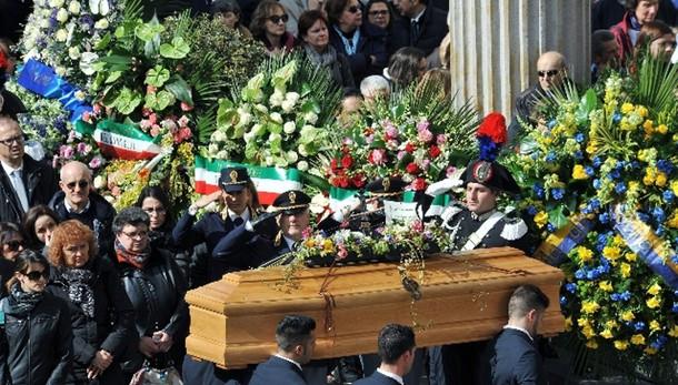 Tunisi, Torino dà addio a sue vittime