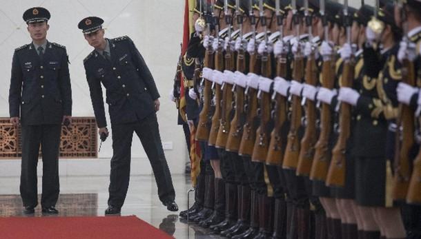 Cina, spese militari +10% nel 2015