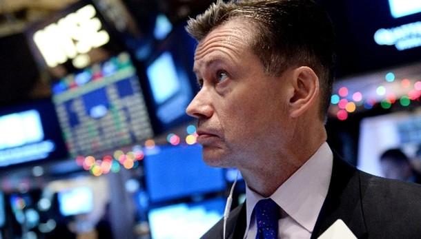 Borsa: Milano chiude in rialzo, +0,65%