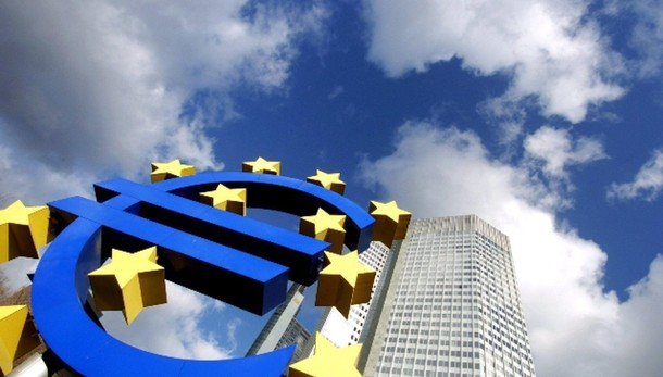 Bce: alza stime Pil Eurozona, 2015 +1,5%