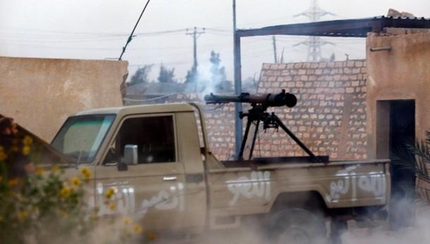 Libia: esercito annuncia tregua