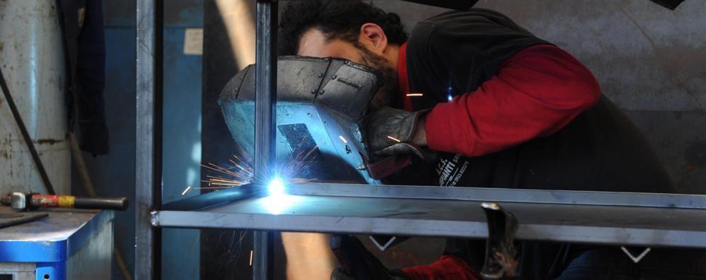 Meccanici a Chiavenna, futuro incerto: pochi iscritti al corso che offre lavoro