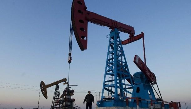 Petrolio chiude a Ny sopra i 50 dollari