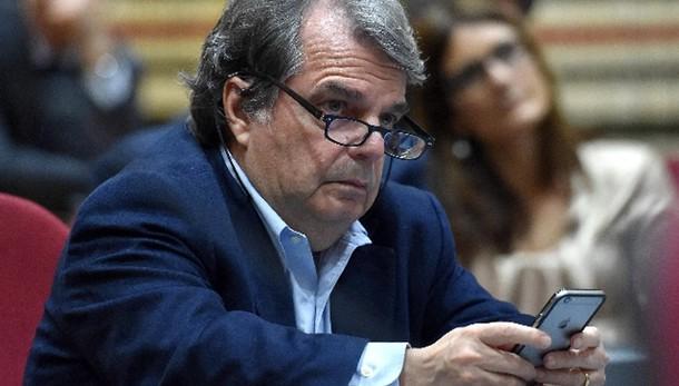 Def: Brunetta, rinvio Cdm causa Ue