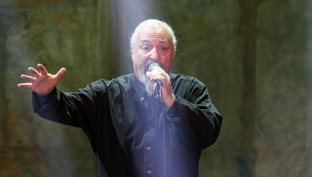 Finardi a concerto primo maggio Bologna