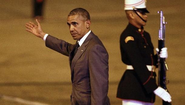 Obama parla al telefono con Raul Castro