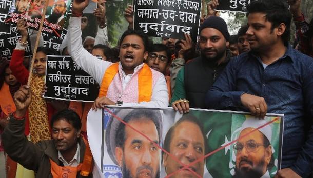 Pakistan libera 'mente' strage Mumbai