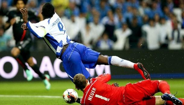 Champions:Porto-Bayern 3-1,PSG-Barca 1-3