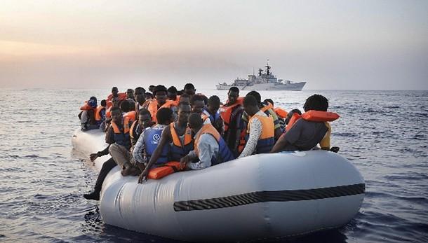 Immigrazione: esplode bombola, sei morti