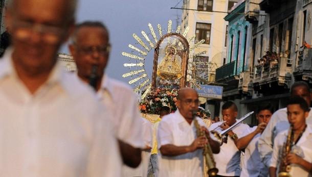 Papa: pensa a tappa a Cuba