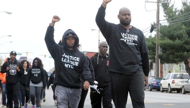 Usa, nero muore per ferite dopo arresto