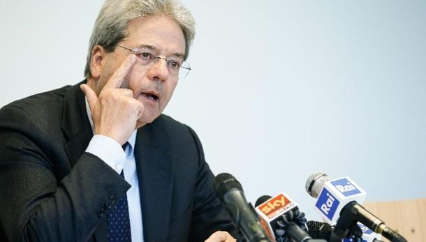 Gentiloni, l'Italia è in trincea