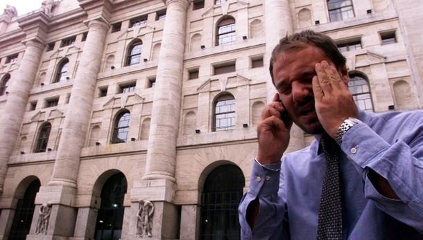 Borsa: Milano apre in rialzo, +0,70%
