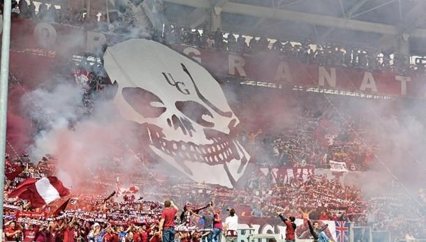 Derby Mole: bomba carta allo stadio
