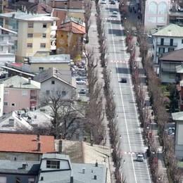 Investito in viale Italia a Tirano: paura per un anziano