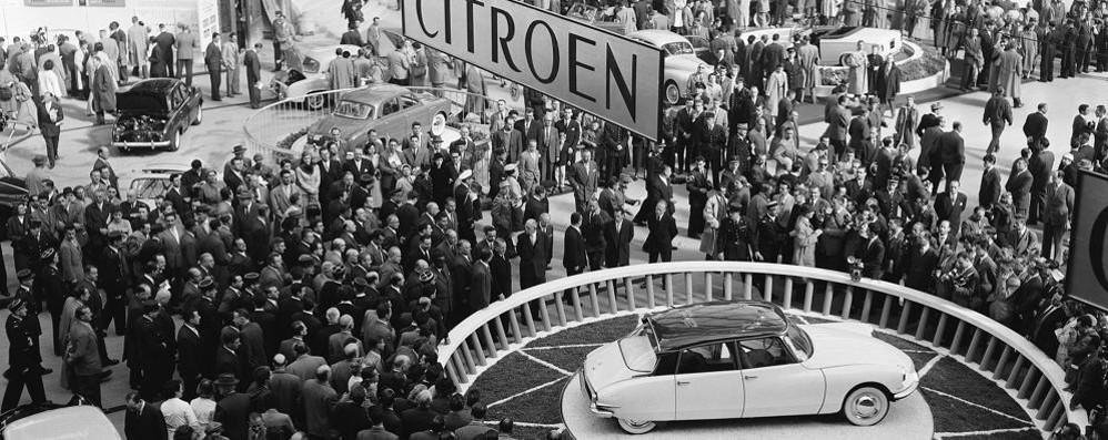 DS, il mito ha sessant'anni  Grande festa a Parigi