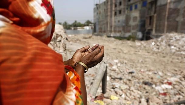 Crollo fabbrica Bangladesh,42 a giudizio