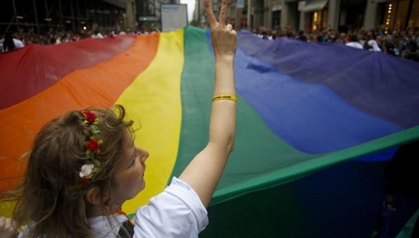 Gay: 38enne picchiato in Puglia, video