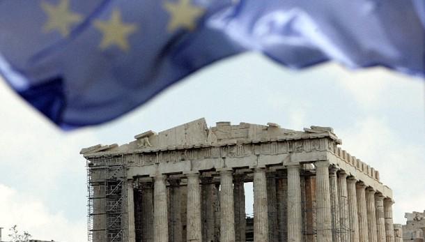Grecia: Berlusconi, Ue non può perderla